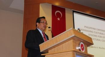 Filipinler Mindanao Devlet Üniversitesi Rektörü Prof. Dr. Macapado A. Muslim Üniversitemizde Konferans Verdi