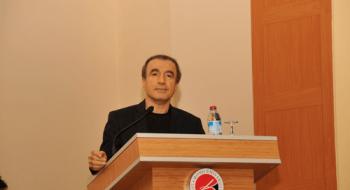 """Üniversitemizde Prof. Dr. M. Naci Bostancı'nın Katılımıyla """"Siyaset ve Çözüm Süreci"""" Konferansı ile Cübbe Giyme Merasimi"""