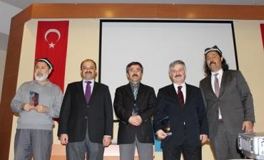 Türkistan Gönüllüleri Türk Dünyası Konferansında Buluştu