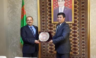 Rektörümüz Prof. Dr. Seyit Aydın Kırgızistan'da