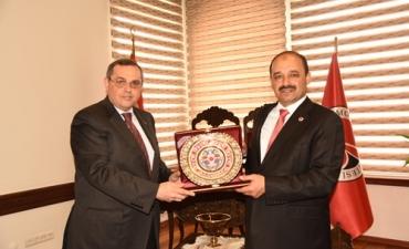 Azerbaycan Büyükelçisi ve Azerbaycan Eğitim ve Kültür Ataşesi Rektörümüzü Ziyaret Etti