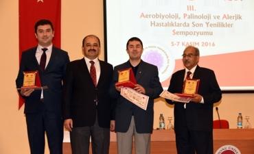 """Üniversitemiz """"Aerobiyoji, Palinoloji ve Alerjik Hastalıklarda Son Yenilikler"""" Sempozyumuna Ev Sahipliği Yaptı"""