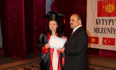 Rektörümüz İktisat ve Girişimcilik Üniversitesi Mezuniyet Törenine Katıldı