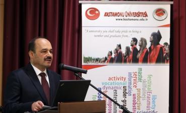 """""""II. Uluslararası İktisat, İşletme Yönetimi ve Sosyal Bilimler Sempozyumu"""" Belgrad'da Yapıldı"""