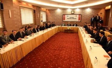 Rektörümüz Ekonomi Değerlendirme Toplantısı'na Katıldı