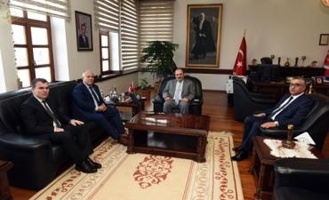 Vakıfbank Batı Karadeniz Bölge Müdürü Rektörümüzü Ziyaret Etti